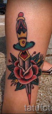 фото тату кинжал и роза пример для статьи про значение татуировки – tatufoto.ru – 47