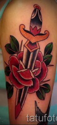 фото тату кинжал и роза пример для статьи про значение татуировки – tatufoto.ru – 50