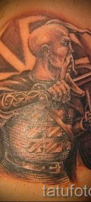 фото тату коловрат для статьи про значение татуировки коловрат – tatufoto.ru – 10