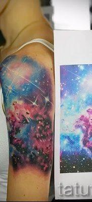 фото тату космос для статьи про значение космических татуировок – tatufoto.ru – 36
