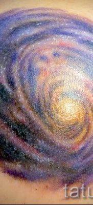 фото тату космос для статьи про значение космических татуировок – tatufoto.ru – 37