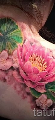 фото тату кувшинка для статьи про значение татуировки с кувшинкой – tatufoto.ru – 6