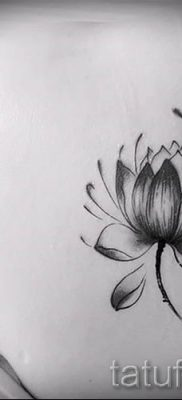 фото тату кувшинка для статьи про значение татуировки с кувшинкой – tatufoto.ru – 16