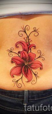 фото тату на пояснице для статьи про значение татуировок на пояснице – tatufoto.ru – 14