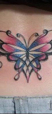 фото тату на пояснице для статьи про значение татуировок на пояснице – tatufoto.ru – 18