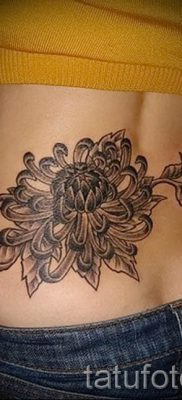 фото тату на пояснице для статьи про значение татуировок на пояснице – tatufoto.ru – 27