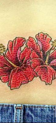 фото тату на пояснице для статьи про значение татуировок на пояснице – tatufoto.ru – 28