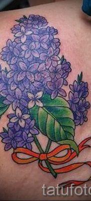 фото тату сирень для статьи про значение татуировки сирень – tatufoto.ru – 13