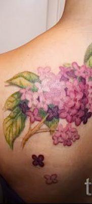 фото тату сирень для статьи про значение татуировки сирень – tatufoto.ru – 16