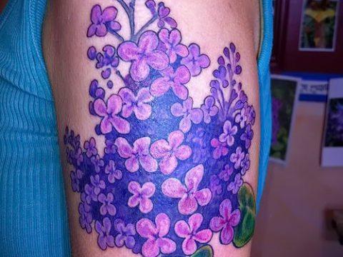 фото тату сирень для статьи про значение татуировки сирень - tatufoto.ru - 18