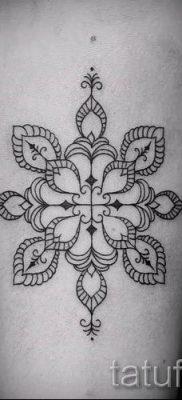 фото тату снежинка для статьи про значение татуировки снежинка – tatufoto.ru – 39
