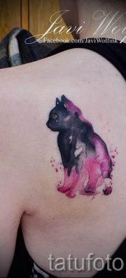 фото тату с черной кошкой для статьи про значение татуировки – tatufoto.ru – 11