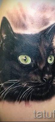фото тату с черной кошкой для статьи про значение татуировки – tatufoto.ru – 49