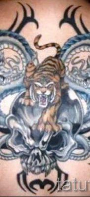 фото тату тигр и дракон для статьи про значение татуировки – tatufoto.ru – 24