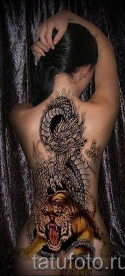 фото тату тигр и дракон для статьи про значение татуировки – tatufoto.ru – 44