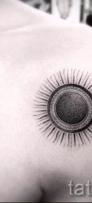 фото тату черное солнце для статьи про значение тату черное солнце – tatufoto.ru – 19