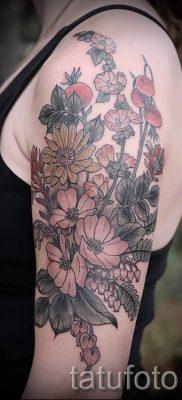 фото тату шиповник для статьи про значение татуировки шиповник – tatufoto.ru – 1