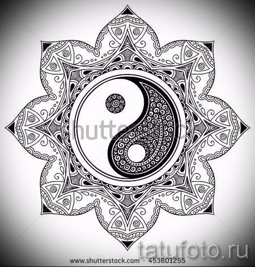 Интересный вариант рисунка наколки – символ Инь-Янь, который подойдет для достойного эскиза тату инь-янь