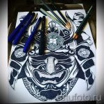 Необычный ваирант эскиза для тату маска - рисунок для создания стильной татуировки с маской