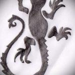 Интересный эскиз для татуировки саламандра – картинка для формирования идеи эксклюзивной tattoo с саламандрой