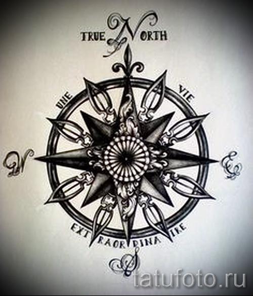 Красивый рисунок с розой ветров – подойдет для эскиза под зачетную татуировку