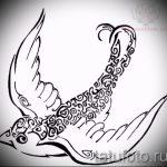 Классный рисунок ласточки - который хорошо подойдет как эскиз для заметной тату ласточка
