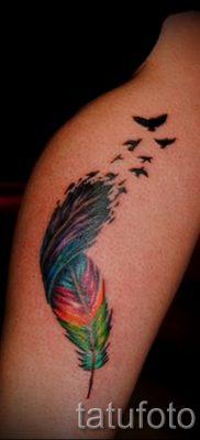 Крутой пример татуировки радуга на фото – для материала про смыс рисунка радуги в тату