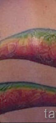 Интересный вариант тату радуга на фото – для публикации про толкование рисунка радуги в тату