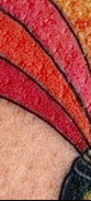 Интересный пример наколки радуга на фотографии – для публикации про смыс рисунка радуги в тату