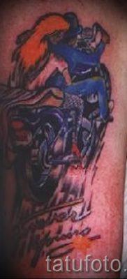 Фото пример татуировки байкеров для статьи про значение – tatufoto.ru – 150