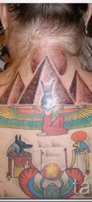 Достойный вариант татуировки сфинкс – можно использовать для тату на плече цветная кошки сфинксы