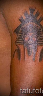 Прикольный вариант татуировки сфинкс – можно использовать для тату сфинкса на ноге