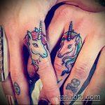 Крутой вариант готовой наколки единорог – рисунок подойдет для тату единорога на руке