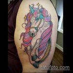 Крутой пример готовой татуировки единорог – рисунок подойдет для тату единорог дотворк