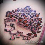 Классный вариант готовой татуировки ежик – рисунок подойдет для тату ежик и медвежонок