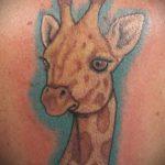Зачетный пример выполненной наколки жираф – рисунок подойдет для тату жираф маленькийтату жираф моноцвет