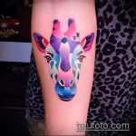 Интересный вариант выполненной тату жираф – рисунок подойдет для тату жираф на рукетату жираф на пальце