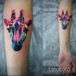 Крутой вариант готовой тату жираф – рисунок подойдет для тату жираф на спине
