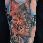 Оригинальный вариант выполненной тату жираф – рисунок подойдет для тату жираф на ноге