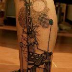 Зачетный вариант существующей татуировки жираф – рисунок подойдет для тату жираф в очках