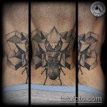 Интересный пример готовой наколки жук – рисунок подойдет для тату жука на запястье