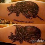 Крутой пример существующей татуировки жук – рисунок подойдет для тату жук скоробей