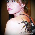 Интересный пример выполненной тату жук – рисунок подойдет для тату жука на запястье