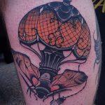 Прикольный вариант выполненной татуировки жук – рисунок подойдет для тату жука скарабея