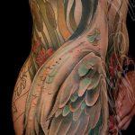 Оригинальный пример существующей наколки журавль – рисунок подойдет для тату журавль на спине