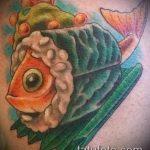 Зачетный пример существующей татуировки золотая рыбка – рисунок подойдет для тату золотая рыбка в короне