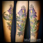 Зачетный вариант выполненной наколки ирис – рисунок подойдет для тату ириса цветка