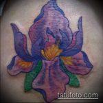 Интересный вариант готовой тату ирис – рисунок подойдет для тату ирис шея