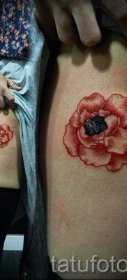 Достойный вариант татутатуировки камелия на фото для материала про толкование рисунка цветка камелии в тату