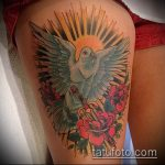 Зачетный вариант выполненной тату кинжал и роза – рисунок подойдет для тату кинжал и роза белая